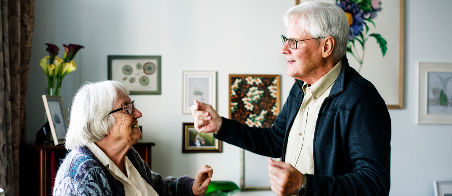 Elderly-couple-dancing-an-example-of-different-ways-to-keep-healthy